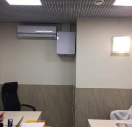 Нестандартный монтаж бризера ТИОН 3С на высоте в глухом помещении( не граничащего с улицей) и прокладкой дополнительного воздуховода