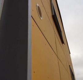 Установка вентиляционной решетки в цвет фасада